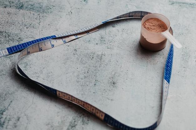 ホエイプロテインスクープとコピースペース付きテープの測定