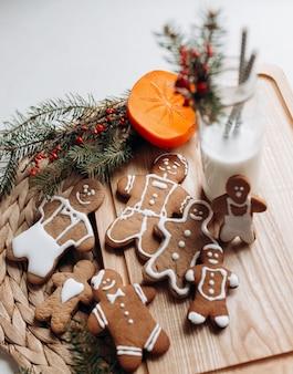 ジンジャーブレッド-小さな男性のクッキー。