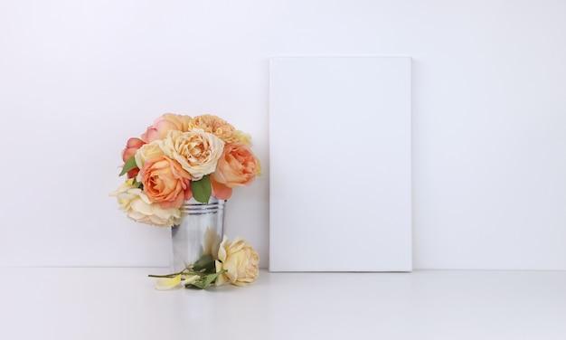 花の花束とキャンバス