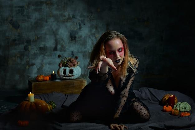 ハロウィーンのメイクと魔女の肖像画