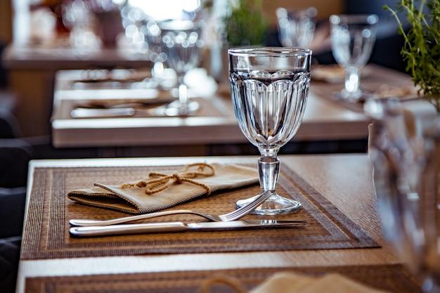 レストランの美味しいテーブル