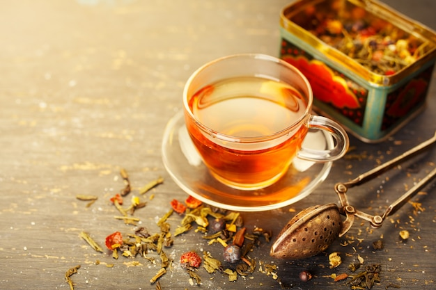 Стеклянная чашка чая