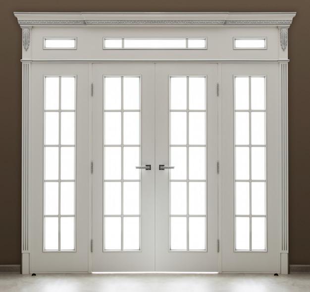 ガラスで飾られた白い二重ドア