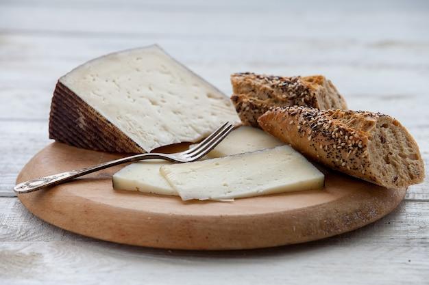 マンチェゴ硬化チーズ