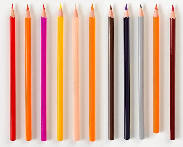 Набор из одиннадцати карандашей