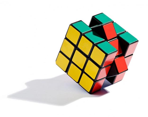 Решение головоломки кубика рубика