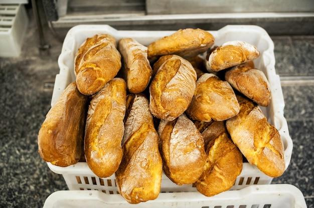 Свежий хлеб только что из духовки