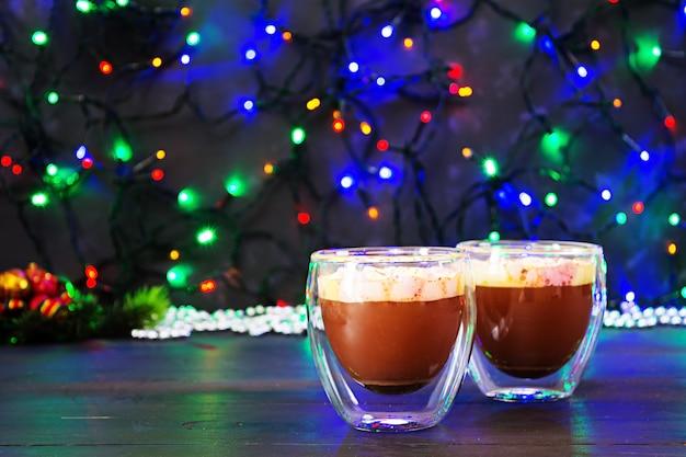 マシュマロとココアのカップ