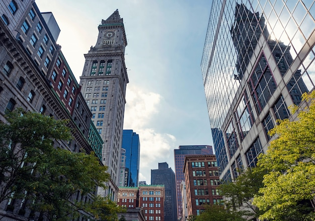 ボストン市のダウンタウンの高層ビル