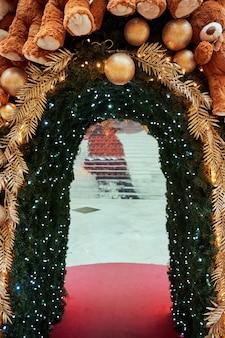 Новогоднее украшение в яссах, румыния