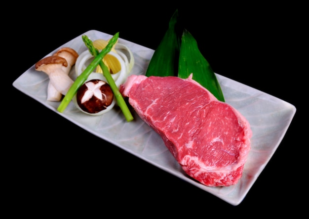 Теппаньяки стейк из говядины с овощами