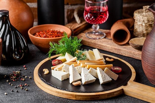 Набор домашних экологически чистых сыров