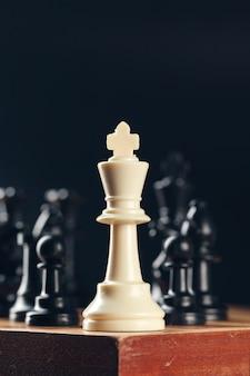Шахматы на борту бизнес-концепция