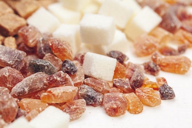 さまざまな種類の砂糖
