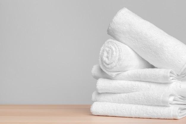 清潔な柔らかいタオル