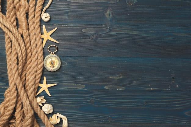 Морской. парусная веревка с компасом