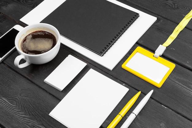 空白の企業文房具セット。ブランディング