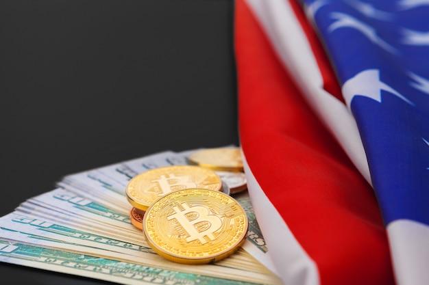 Американский флаг и биткойн, новая экономика в интернете