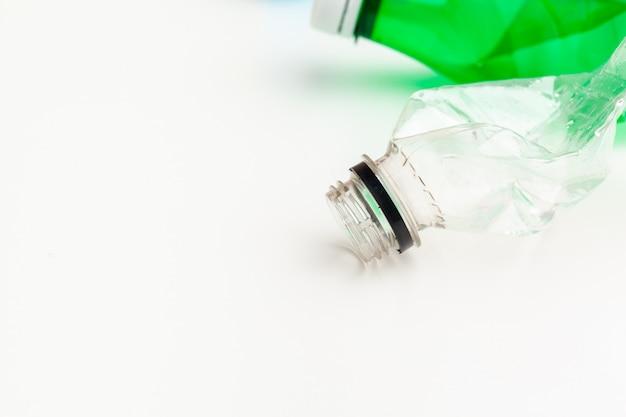 リサイクルに使用されたペットボトル、概念図