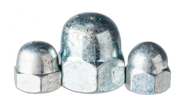 Металлические гайки изолированные