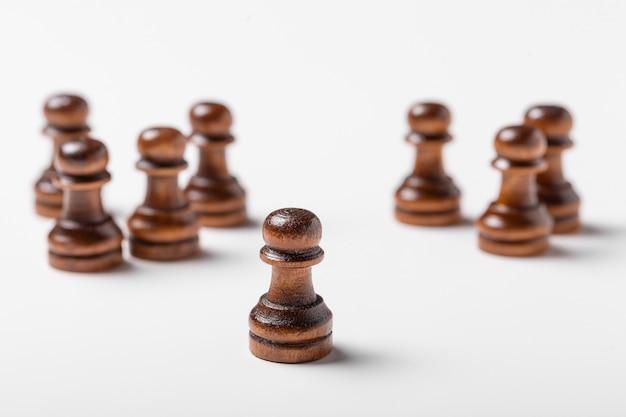 Шахматы, изолированные на белом