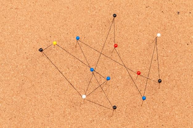 Контакты подключены, создавая сеть