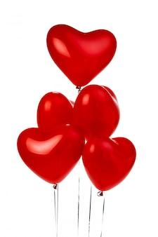 Букет из красных шаров в форме сердца