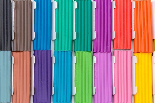 Цветные пластилиновые палочки