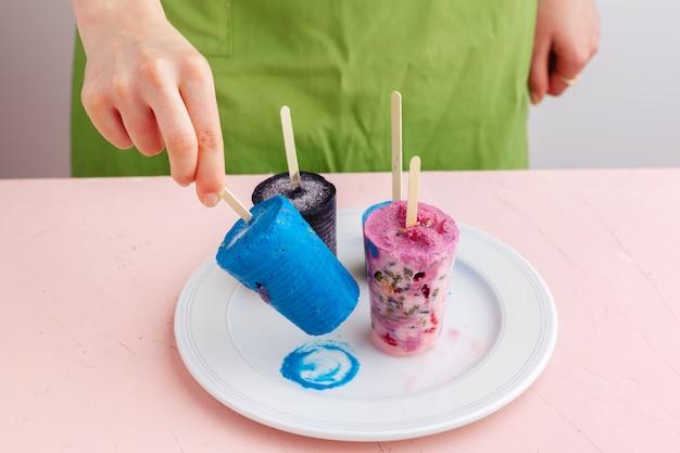 果物の自家製冷凍アイスクリームアイスキャンディー