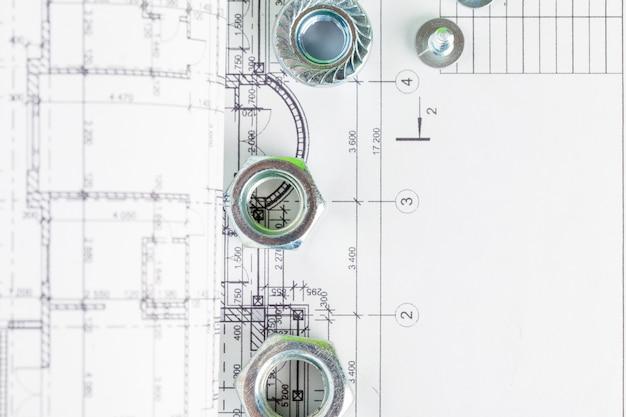 家の計画上のナットとボルトのクローズアップ