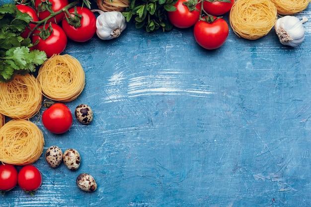 さまざまなパスタ。料理のコンセプト。上面図