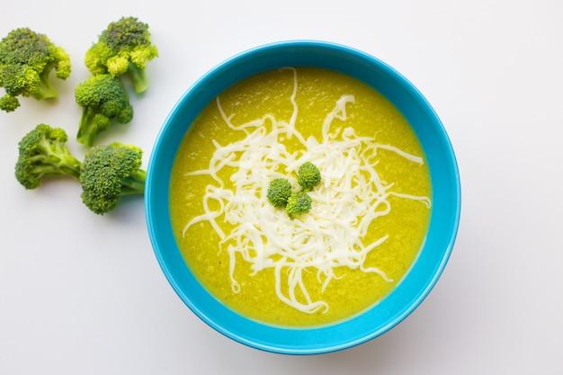 ブロッコリースープのフレッシュクリーム