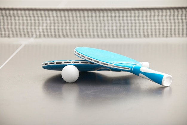 テニスロケットのクローズアップ