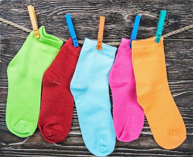 Разноцветные носки из ткани