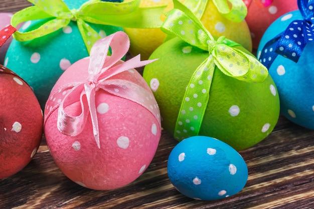 イースターのための装飾的な卵