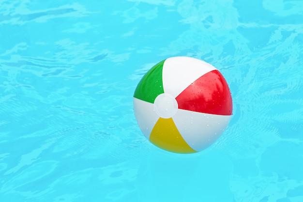 Красочный детский мяч