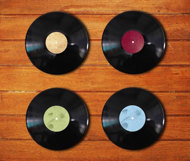 異なる色のビニールディスク