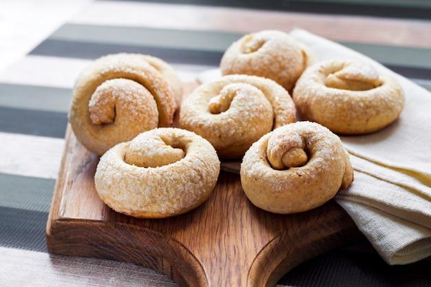 シナモンとカタツムリシュガークッキー