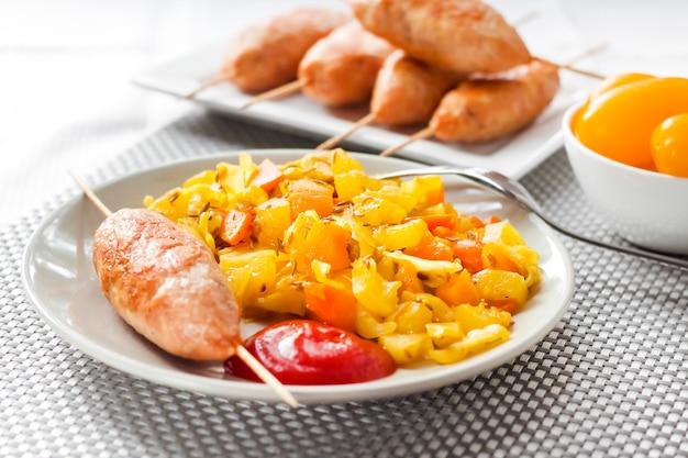 ウコンとクミンと七面鳥のケバブと野菜の煮込み