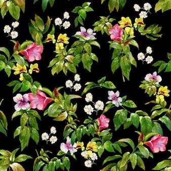 Акварельная живопись из листьев и цветов, бесшовные узор на темном фоне