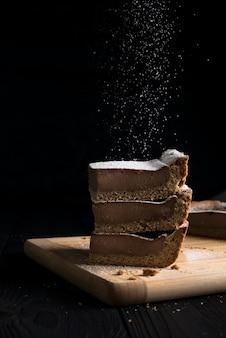 Чизкейк с сахарной пудрой