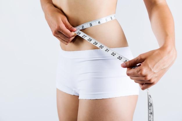 形状胸の減量女性のウエストライン