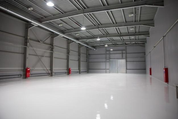 近代的な倉庫