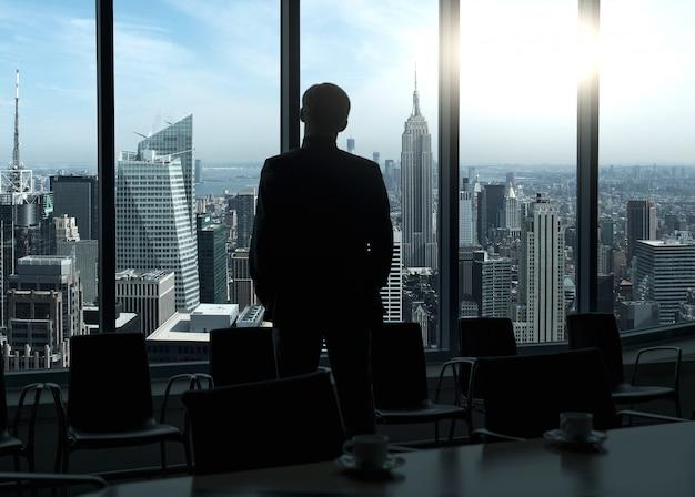 会議の前に実業家
