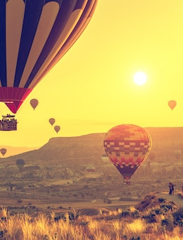 カッパドキア上空の熱気球