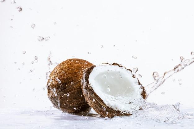 Треснутый кокос