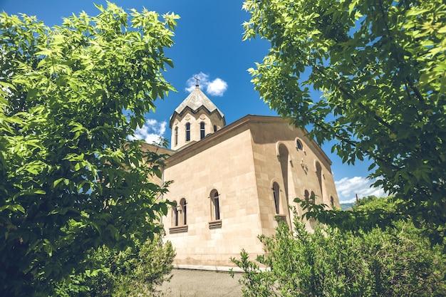 古代の石造りの教会