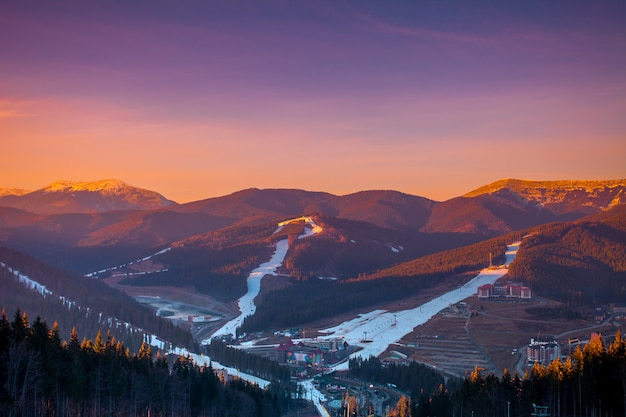 山のスキー場