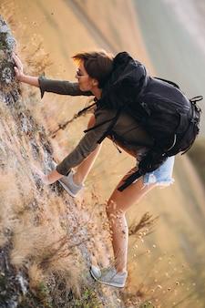 Женщина походы в горы