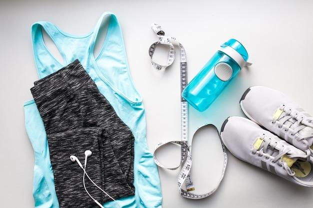 衣料品スポーツジムの服の運動